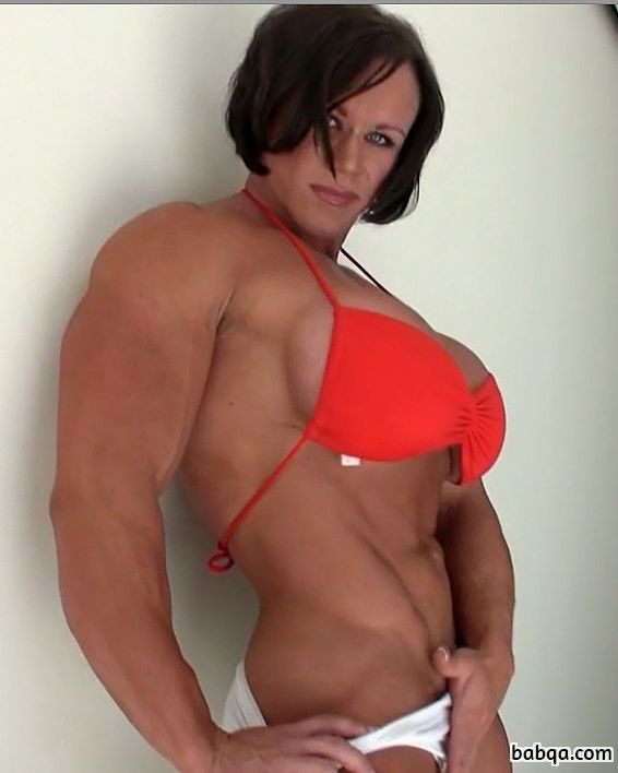 spicy female bodybuilder with fitness body and toned legs picture from linkedin