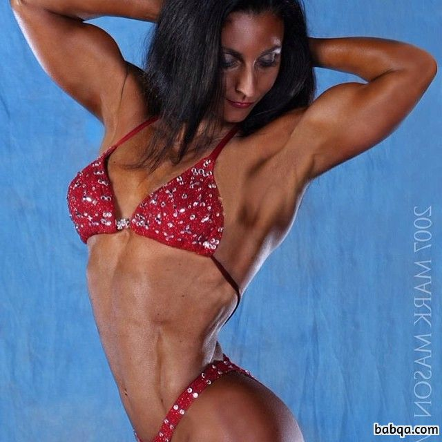 beautiful woman with strong body and muscle biceps pic from linkedin