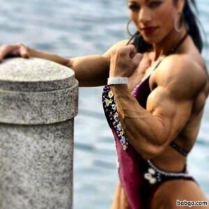 perfect lady with muscular body and muscle bottom image from g+