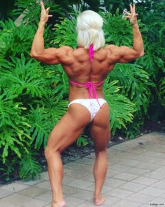 spicy chick with muscular body and toned arms picture from reddit