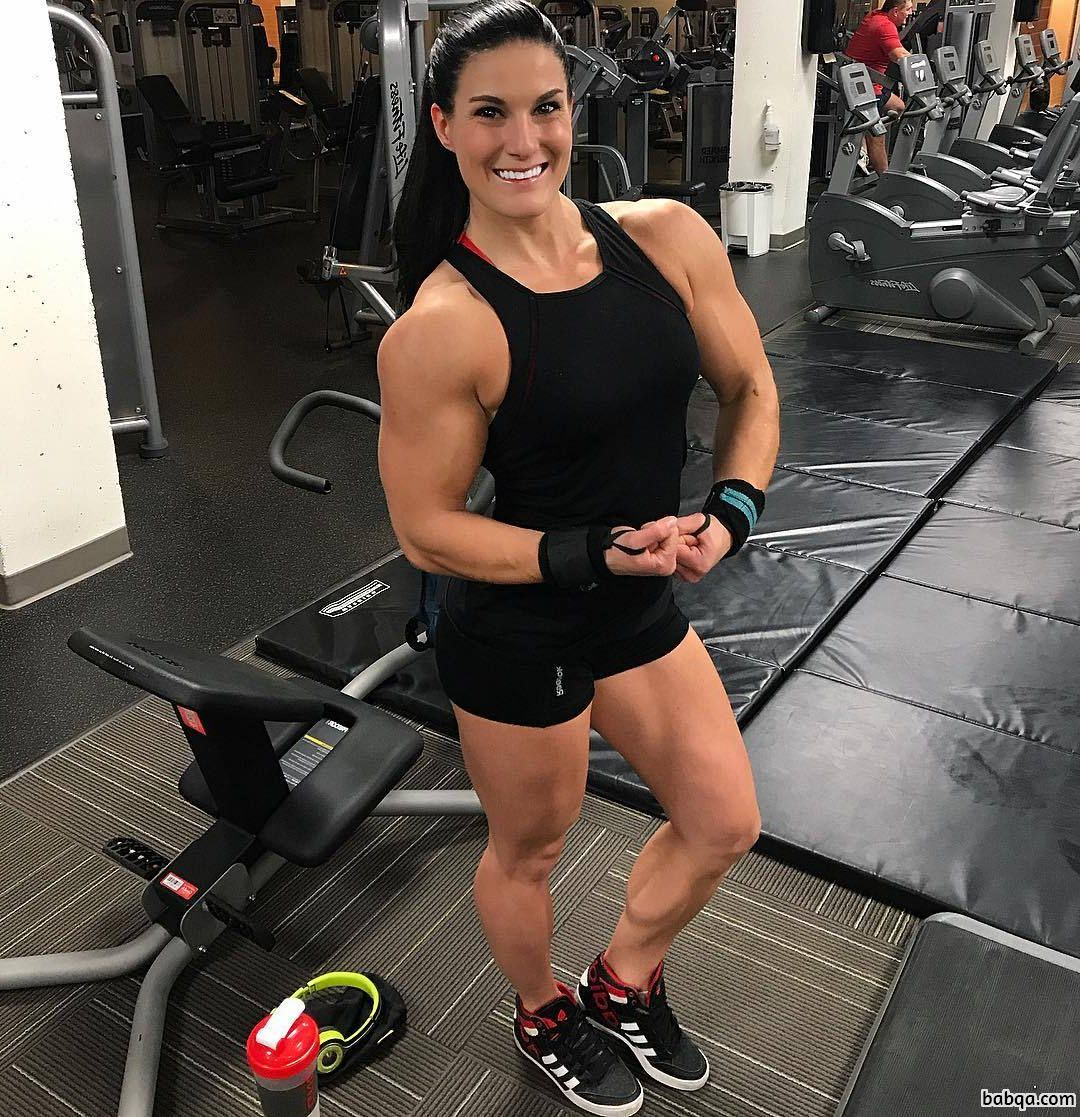 hot female with fitness body and toned booty image from reddit