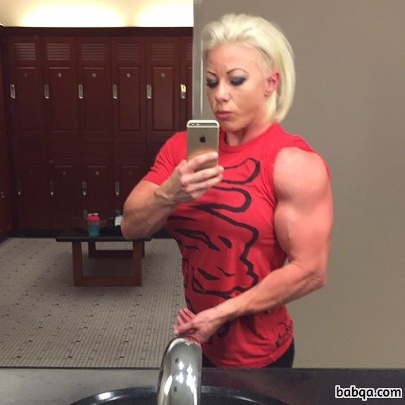 perfect girl with muscle body and toned arms post from tumblr