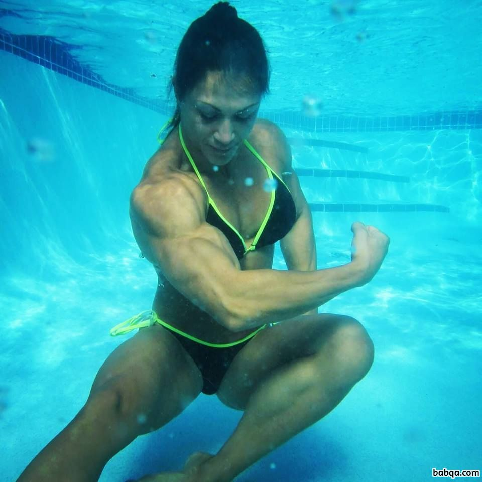 awesome female with muscle body and toned bottom post from linkedin