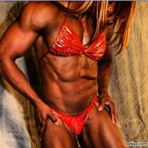 hottest girl with strong body and toned arms picture from facebook