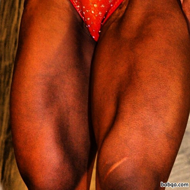 awesome girl with muscle body and muscle legs photo from flickr