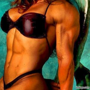 perfect female bodybuilder with muscular body and muscle booty post from g+