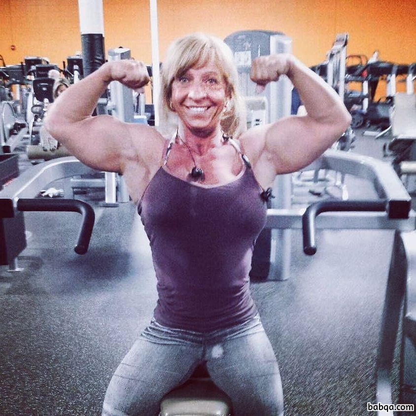 awesome lady with muscular body and toned booty pic from tumblr