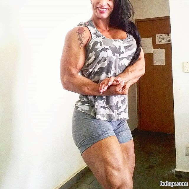 hot girl with strong body and toned arms picture from facebook