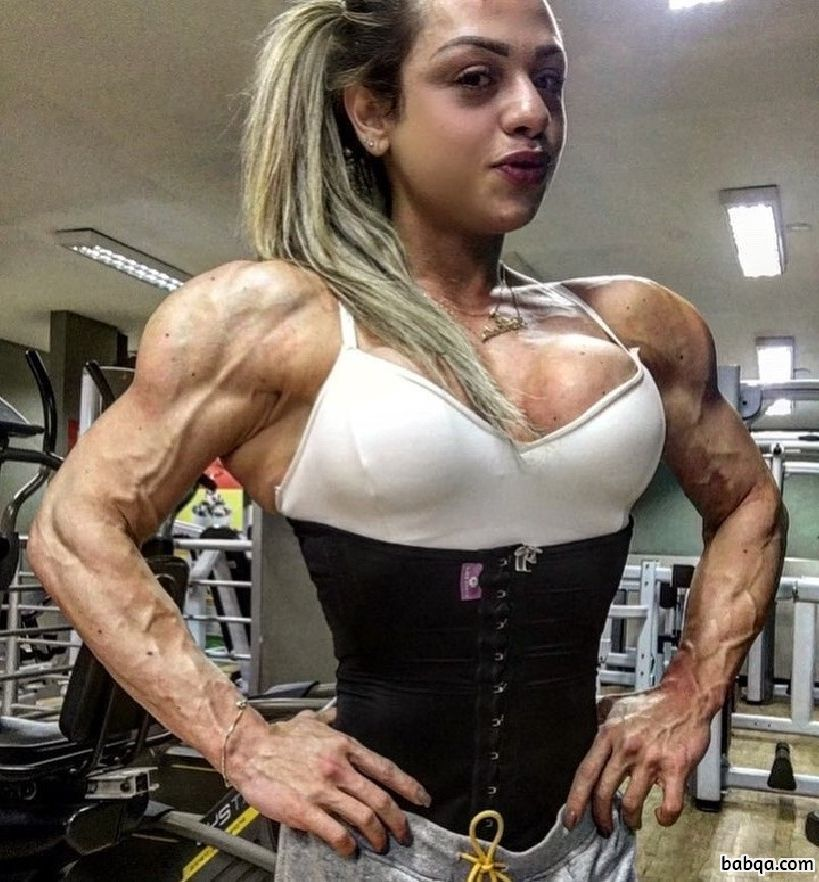 spicy female bodybuilder with strong body and toned legs picture from reddit