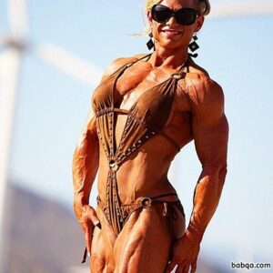 cute lady with muscular body and muscle legs image from reddit