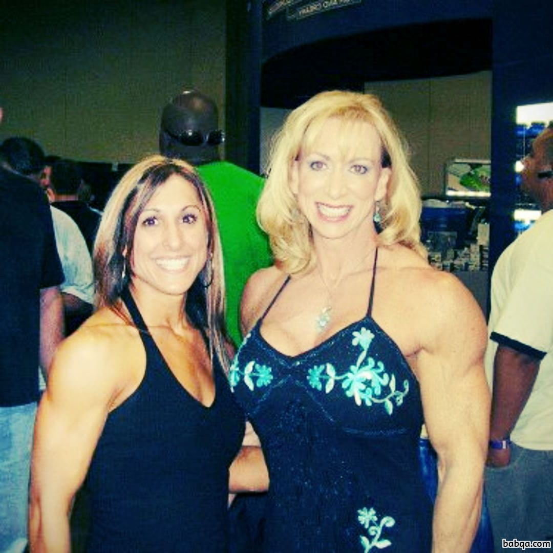 awesome girl with muscle body and toned arms post from flickr