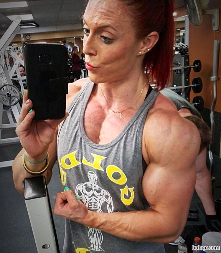 awesome lady with strong body and toned biceps post from insta