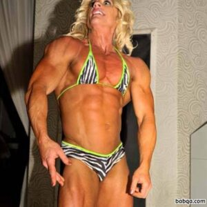 perfect female with muscle body and muscle bottom image from facebook
