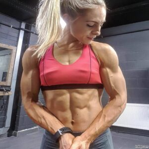 beautiful girl with muscular body and muscle arms post from reddit