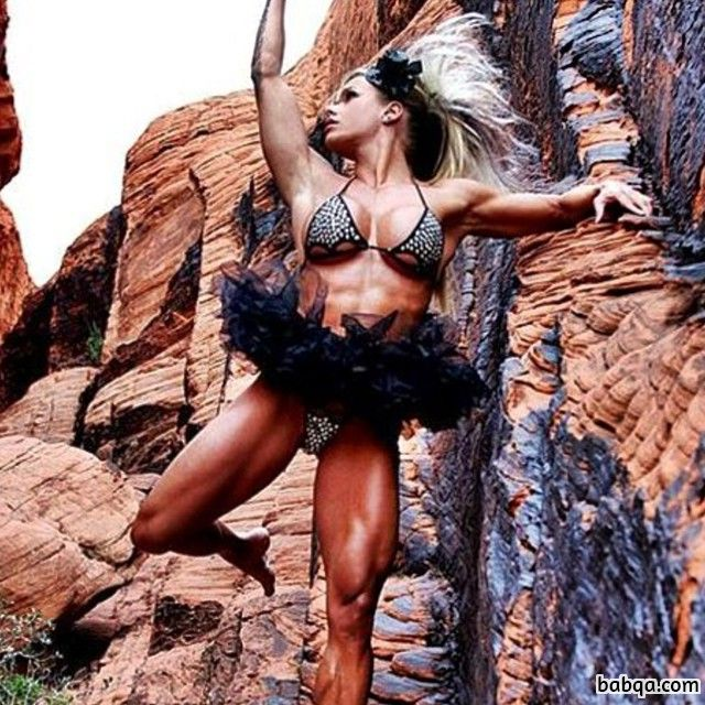 awesome female with muscular body and muscle bottom pic from reddit