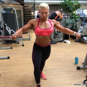 hottest girl with muscular body and muscle bottom photo from linkedin