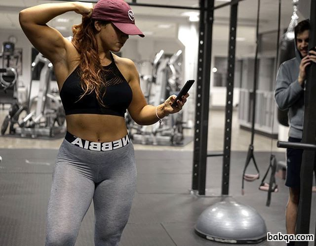 hottest woman with fitness body and muscle biceps pic from insta