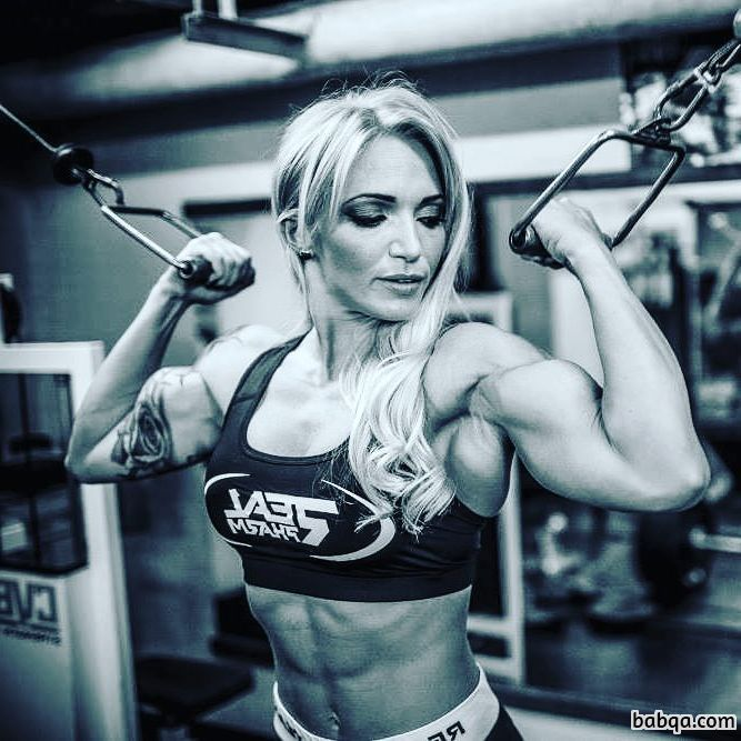 awesome lady with muscle body and muscle ass image from instagram