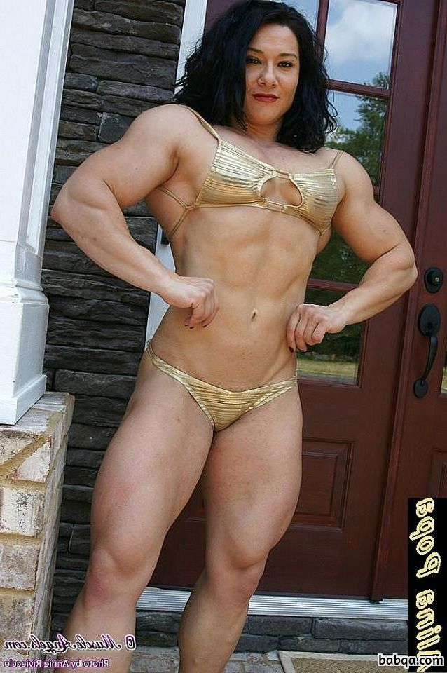 hot woman with fitness body and toned arms pic from reddit