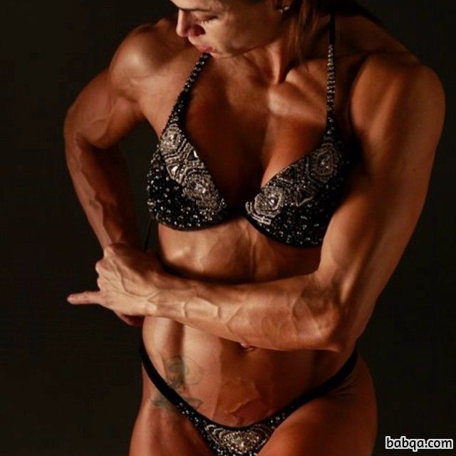 beautiful female bodybuilder with muscle body and toned arms picture from reddit
