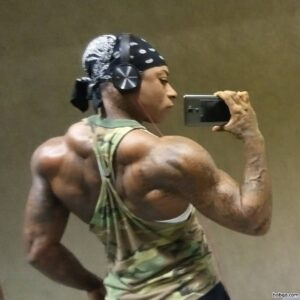 hot female bodybuilder with fitness body and toned booty pic from facebook