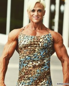 hot girl with muscle body and muscle biceps pic from facebook