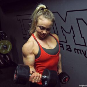 awesome woman with strong body and muscle arms image from tumblr