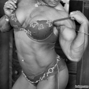 beautiful lady with muscular body and muscle biceps post from reddit