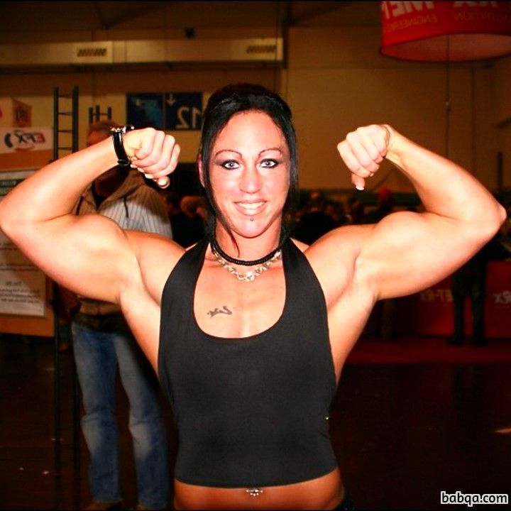 beautiful chick with muscular body and muscle biceps pic from flickr
