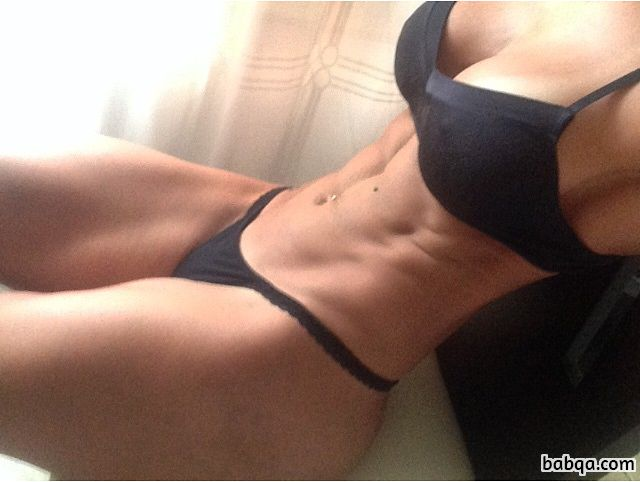 cute lady with muscular body and muscle legs post from facebook