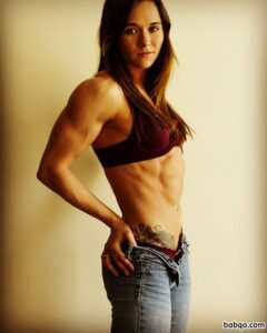 cute female with strong body and muscle legs photo from g+