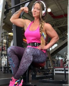 perfect girl with strong body and toned biceps post from g+