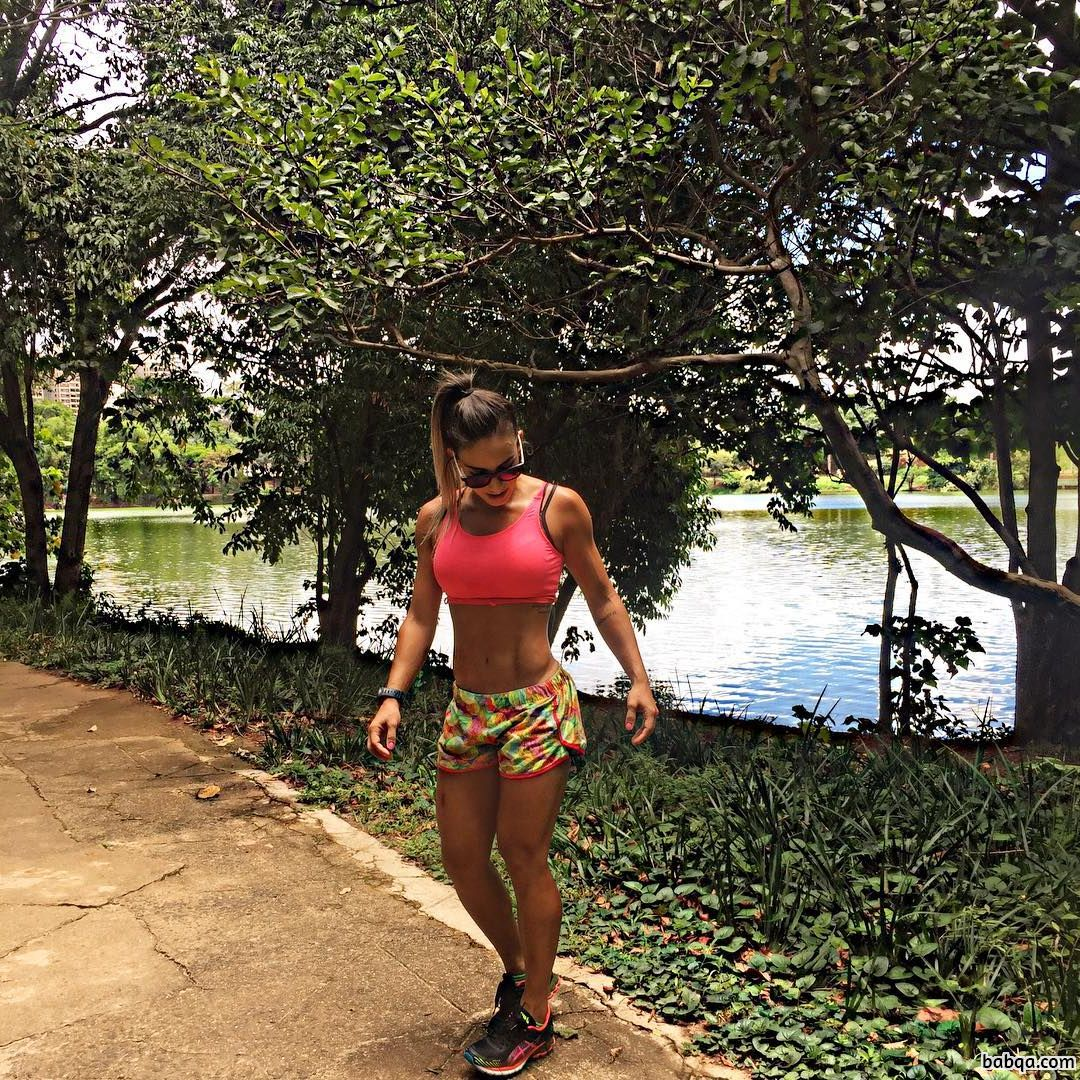 hottest lady with muscular body and muscle ass picture from tumblr