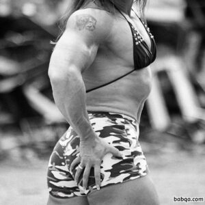 perfect female bodybuilder with fitness body and toned biceps pic from linkedin