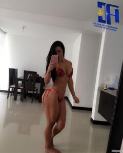 awesome female bodybuilder with muscular body and muscle bottom post from insta