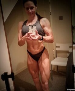 sexy girl with muscular body and muscle legs picture from facebook