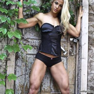 sexy female bodybuilder with muscular body and muscle bottom photo from facebook