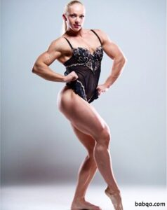 perfect woman with strong body and toned arms image from tumblr