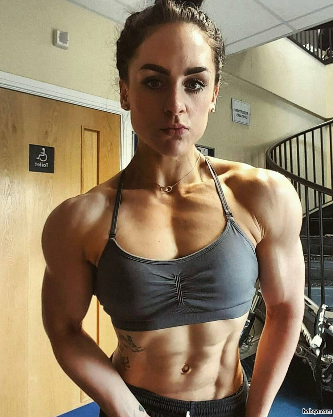 hottest girl with fitness body and muscle bottom pic from g+