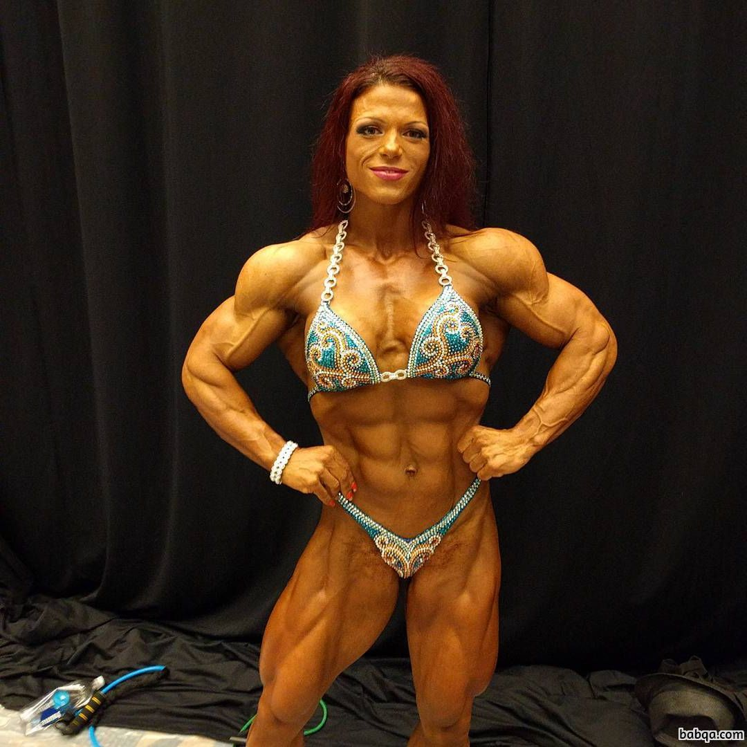 sexy woman with muscle body and muscle bottom photo from reddit