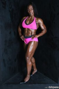hottest female with muscle body and muscle ass picture from linkedin