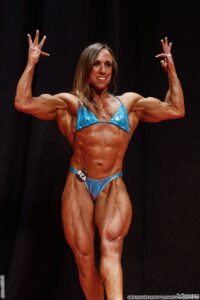 perfect babe with fitness body and muscle biceps post from g+