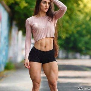 hottest female bodybuilder with muscular body and toned biceps photo from instagram
