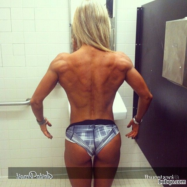 perfect babe with muscle body and muscle booty picture from linkedin