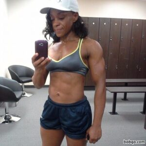 cute chick with muscular body and toned arms pic from reddit