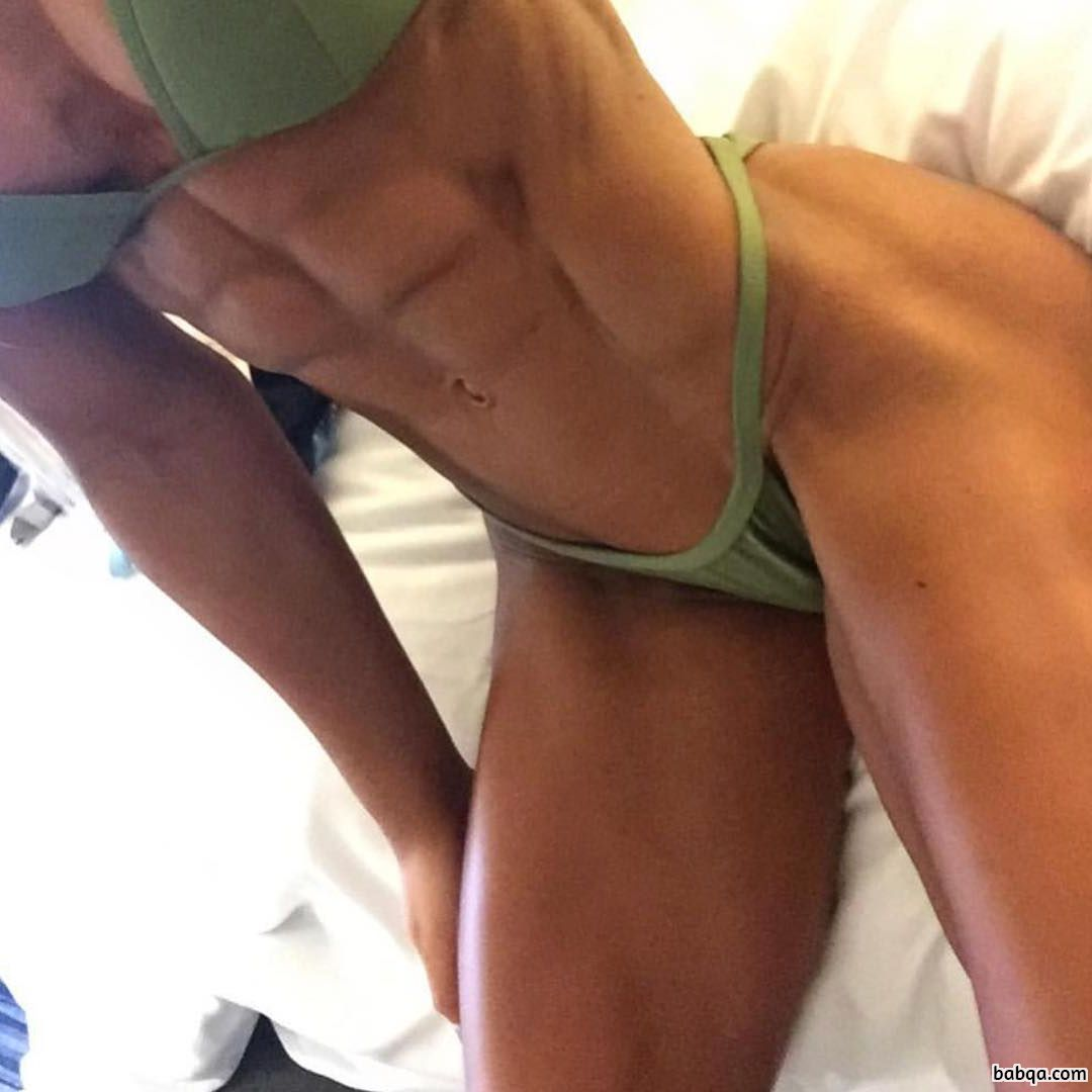 perfect female bodybuilder with fitness body and toned bottom pic from g+
