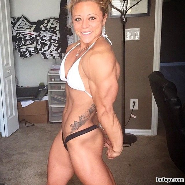 hot lady with fitness body and toned ass picture from reddit