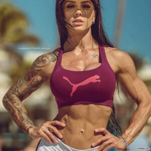 sexy woman with strong body and toned bottom picture from g+