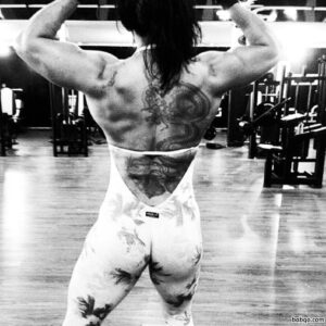 hottest female bodybuilder with strong body and toned ass pic from linkedin