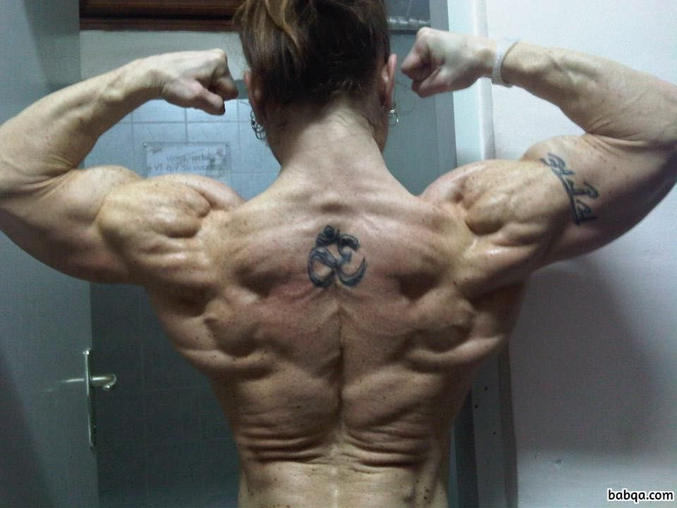 perfect female bodybuilder with muscular body and toned bottom image from g+